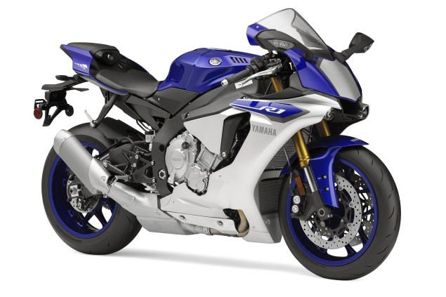2015 Yamaha YZF R1    Game On 2015 yamaha r1 635x423