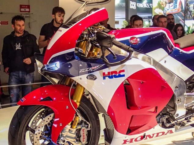 Up Close with the Honda RC213V S Prototype Honda RC213V S prototype EICMA Rob Harris 10 635x476