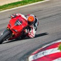 Ducati-1299-Panigale-track-action-33