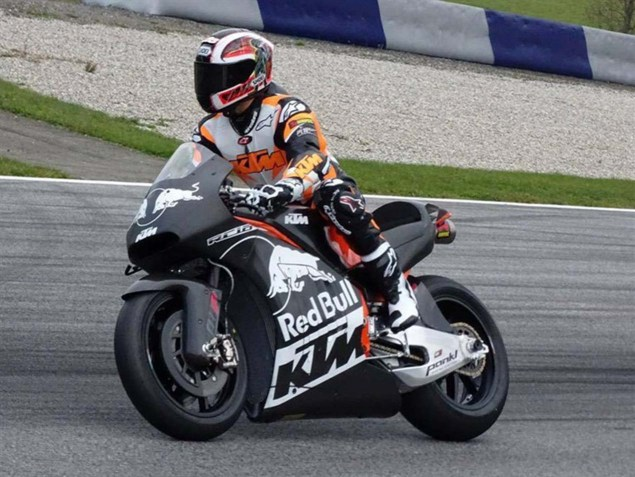KTM-RC16-MotoGP-race-bike-red-bull-ring-01