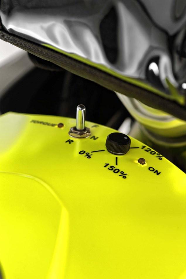 [Imagem: Wunderlich-X2-Electric-2WD-BMW-R1200GS-0...=635%2C953]