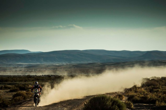 2016-Dakar-Rally-Stage-9-KTM-44