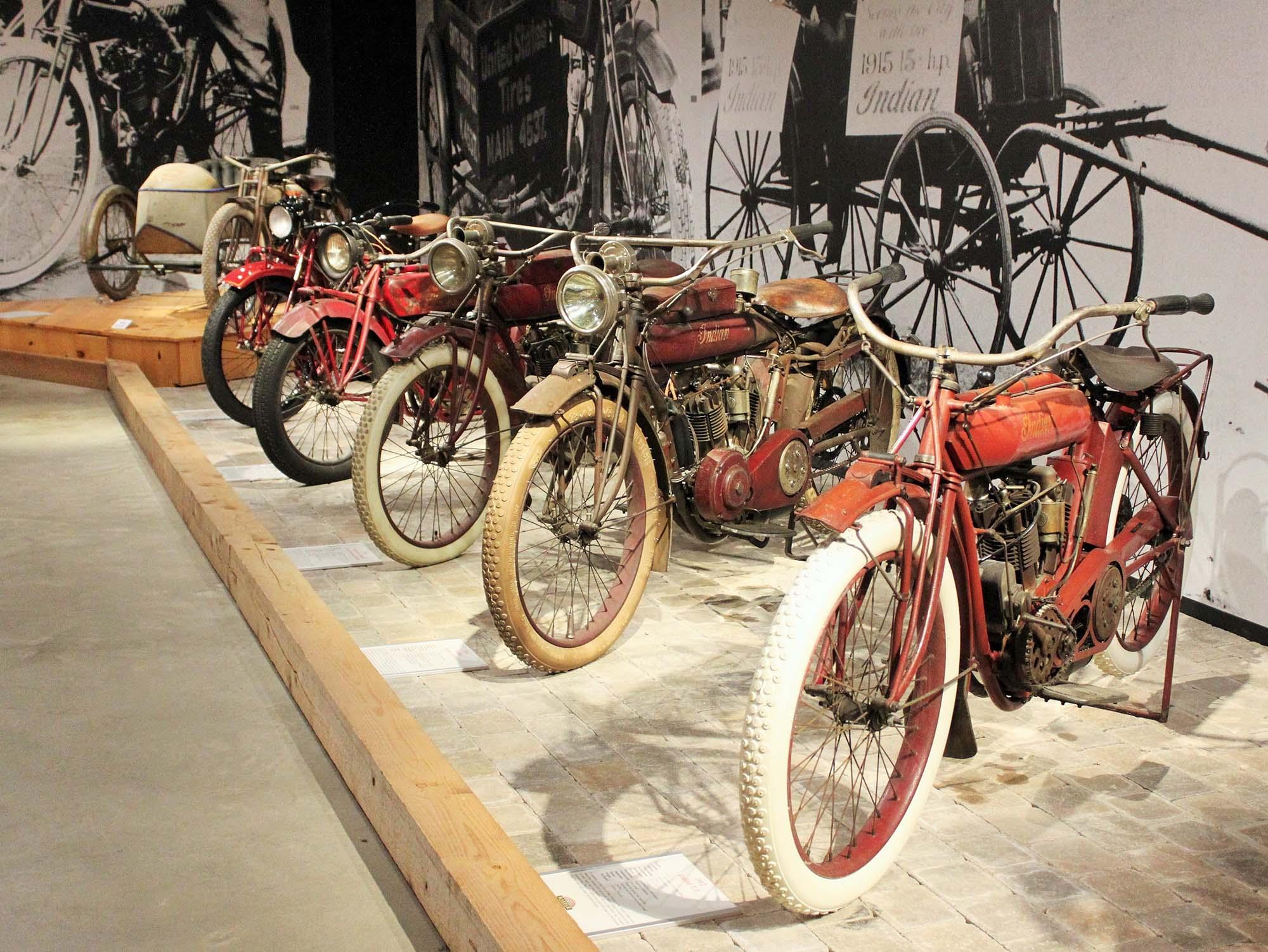 Barber Vintage Motorsports : At the Barber Vintage Motorsports Museum