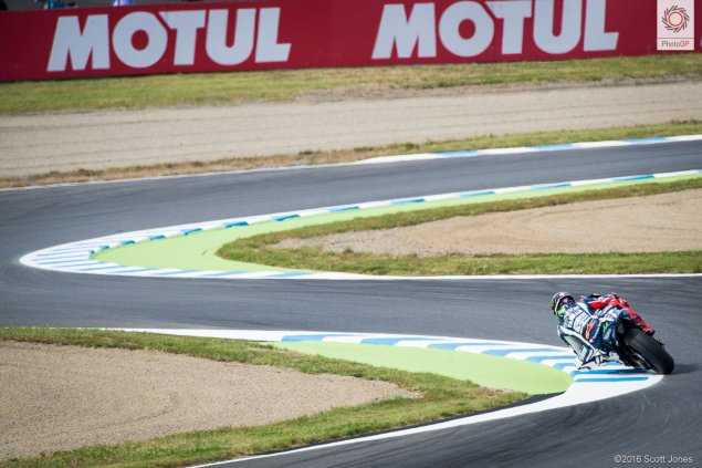 twin-ring-motegi-2016-jorge-lorenzo-esses-scott-jones