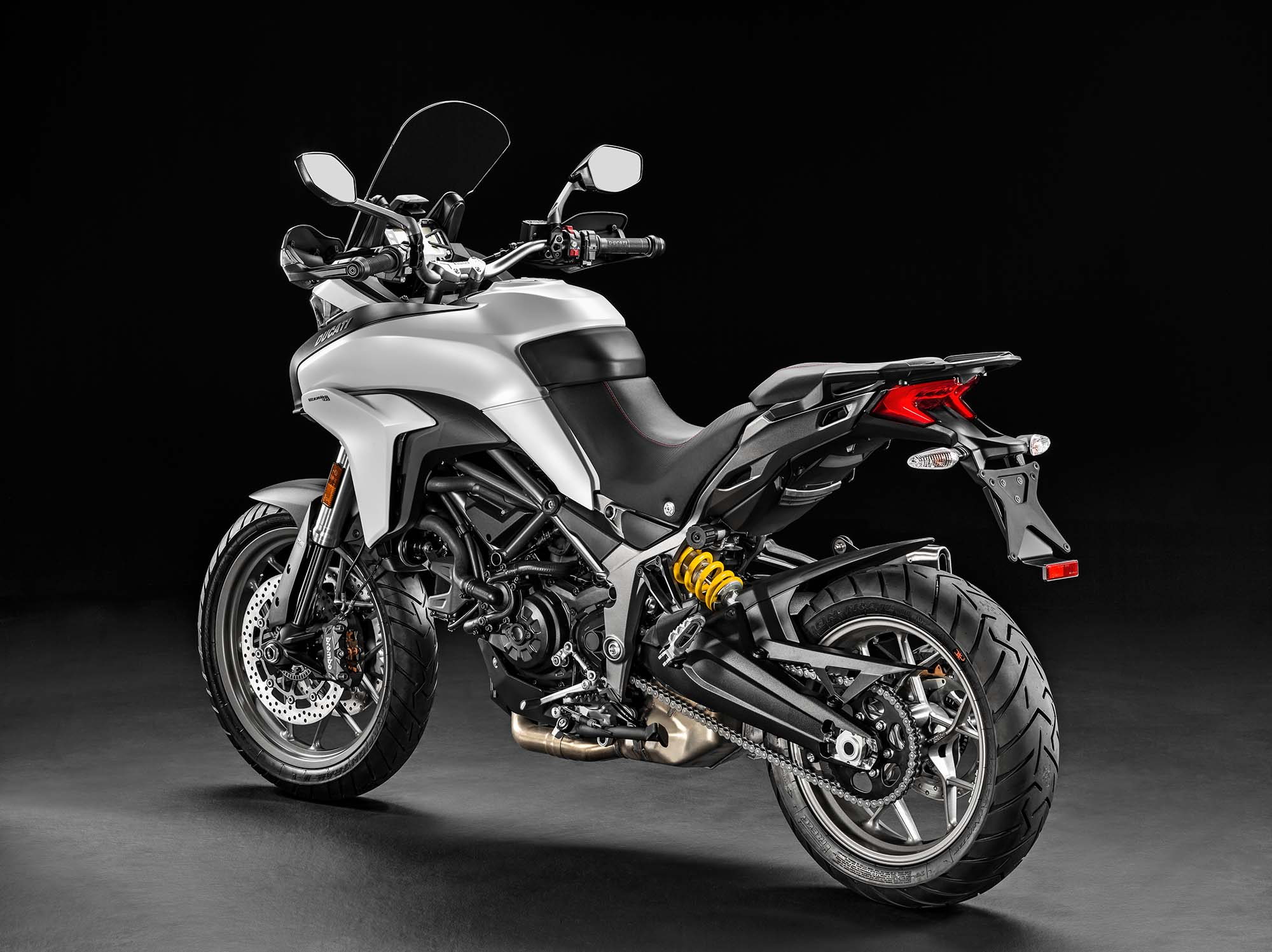 ducati multistrada 950 a baby adv bike from italy. Black Bedroom Furniture Sets. Home Design Ideas