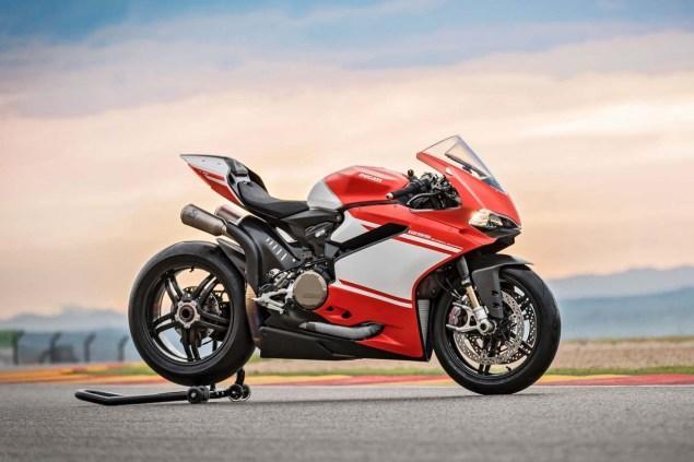ducati-1299-superleggera-race-track-03