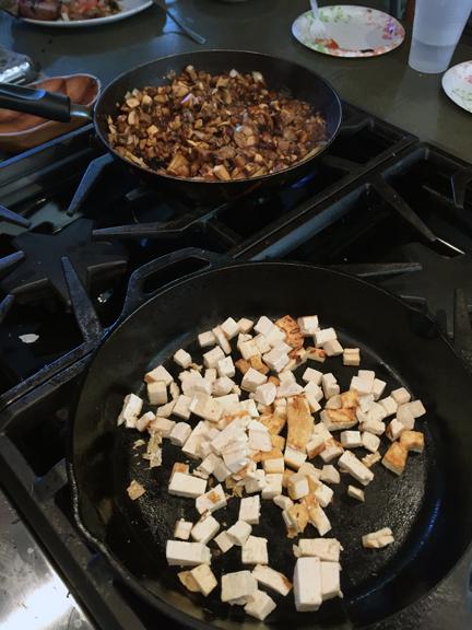 pitzer-sisig-cooking wp