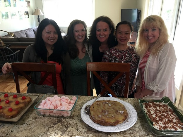 spring vegan potluck with friends group photo