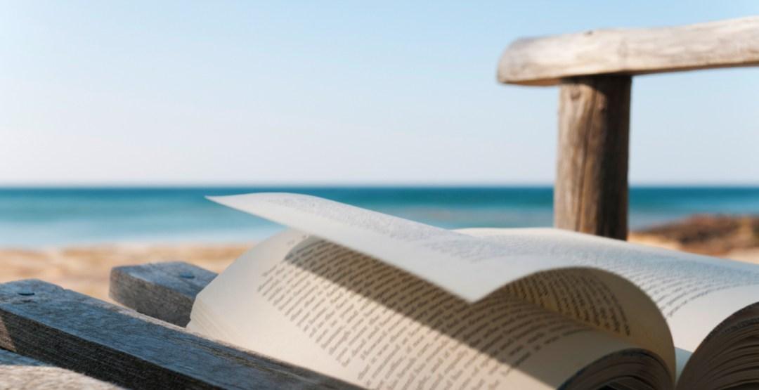 books-beach-blog