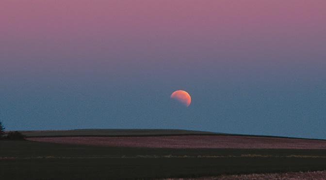 Eclipse total de Luna del 8 de octubre de 2014