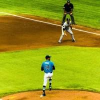 How to Enjoy a Baseball Game Like an American