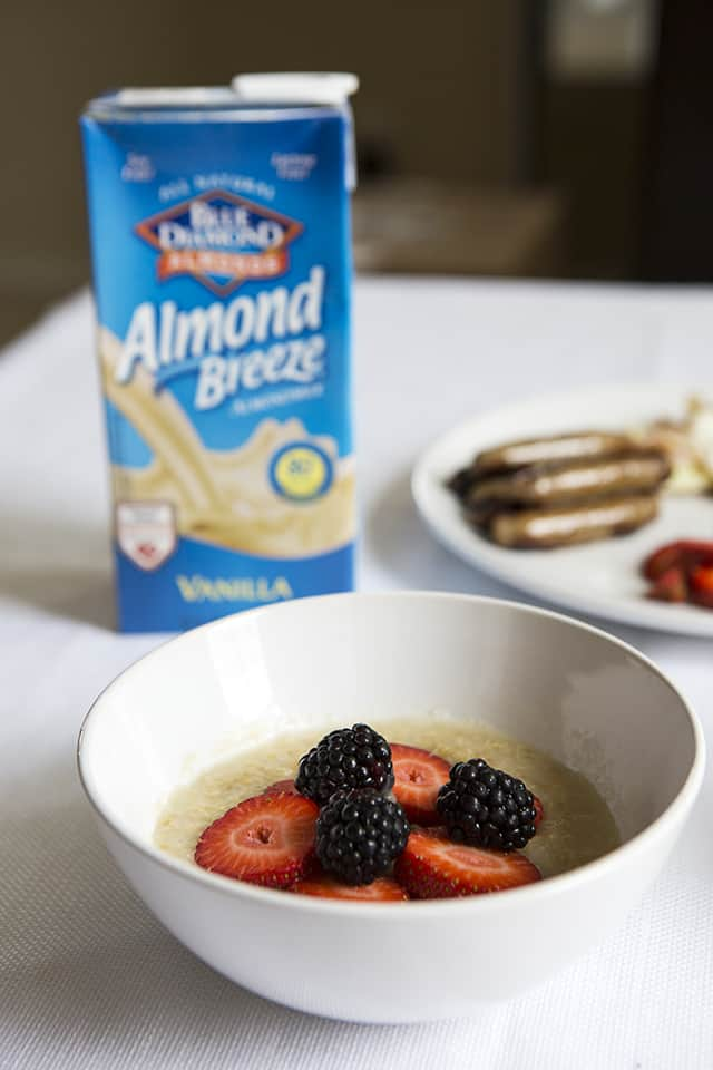 Almond Breeze, Almond milk