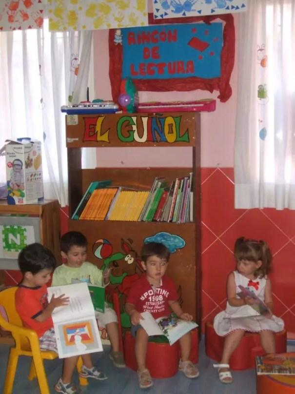 ideias biblioteca 002   Dia Nacional do Livro Infantil   18 de Abril   datas comemorativas  | Atividades para Educacao Infantil
