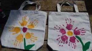 sacolas retoraveis pintadas Presentes e Lembrancinhas para o Dia das Mães datas comemorativas | Atividades para Educacao Infantil