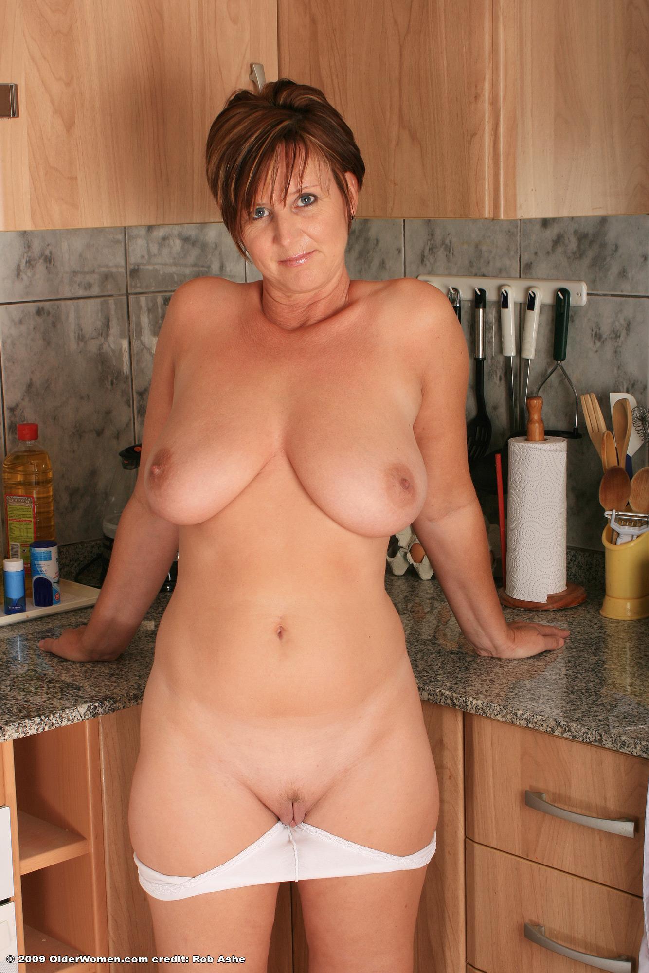 older women naked candid