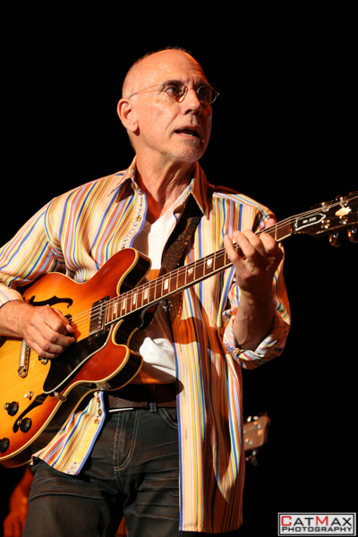 CatMax Photography – BB King – Peter Frampton – Verizon Wireless – GA-7998