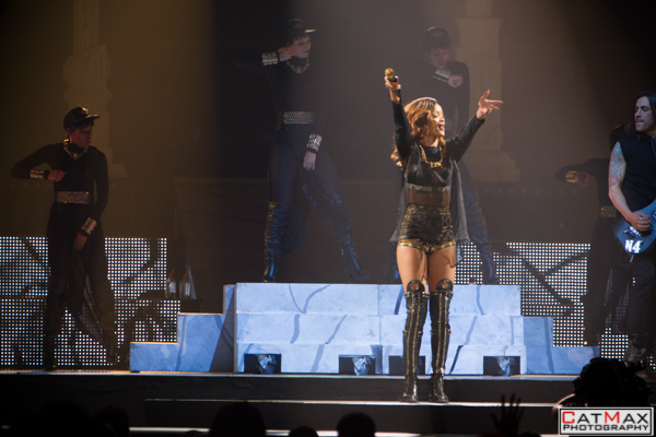 CatMax-Rihanna-Philips-Arena-1161