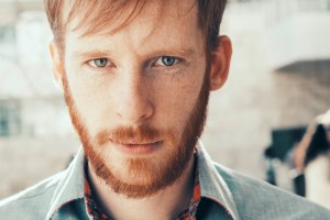 Interview: Kevin Devine @ Manchester Orchestra's The Stuffing 11/26