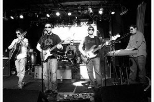 Interview: Moontower @ Smith's Olde Bar 1/25