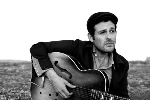Show Preview: Gregory Alan Isakov @ Eddie's Attic 10/1 (2 Shows!)