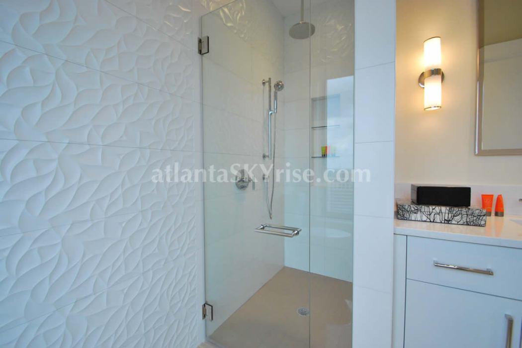 Mandarin Oriental Residences Atlanta 45A Guest Bathroom 1