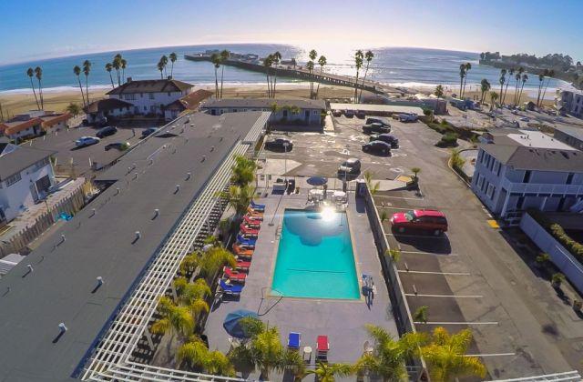 Beach Street Inn & Suites (Santa Cruz) 1