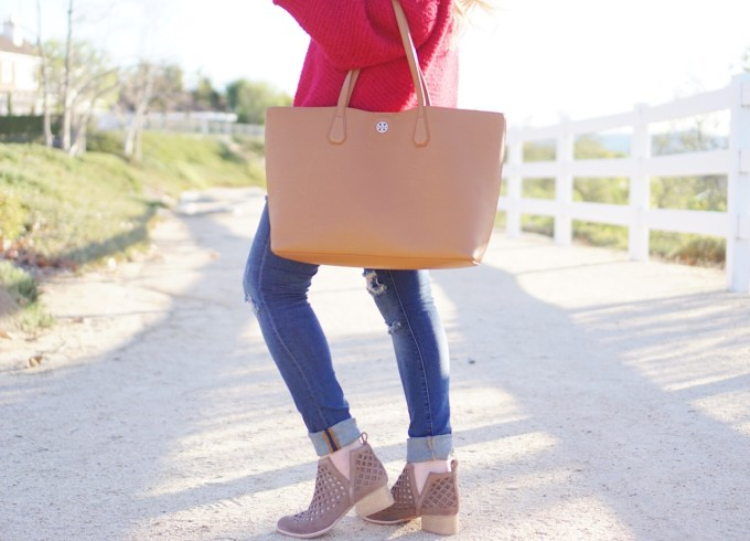 Katelyn Jones A Touch of Pink Slouchy Sweater Taggart Booties
