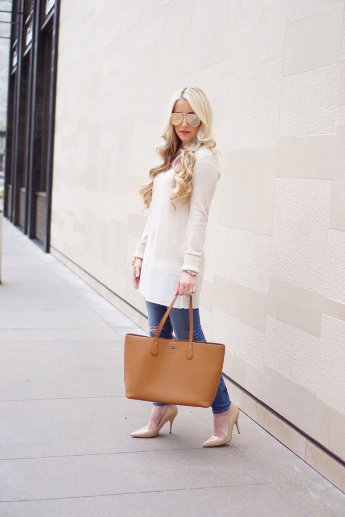 A Touch of Pink Blog Katelyn Jones Fashion Blogger Cream Tunic Brown Tote