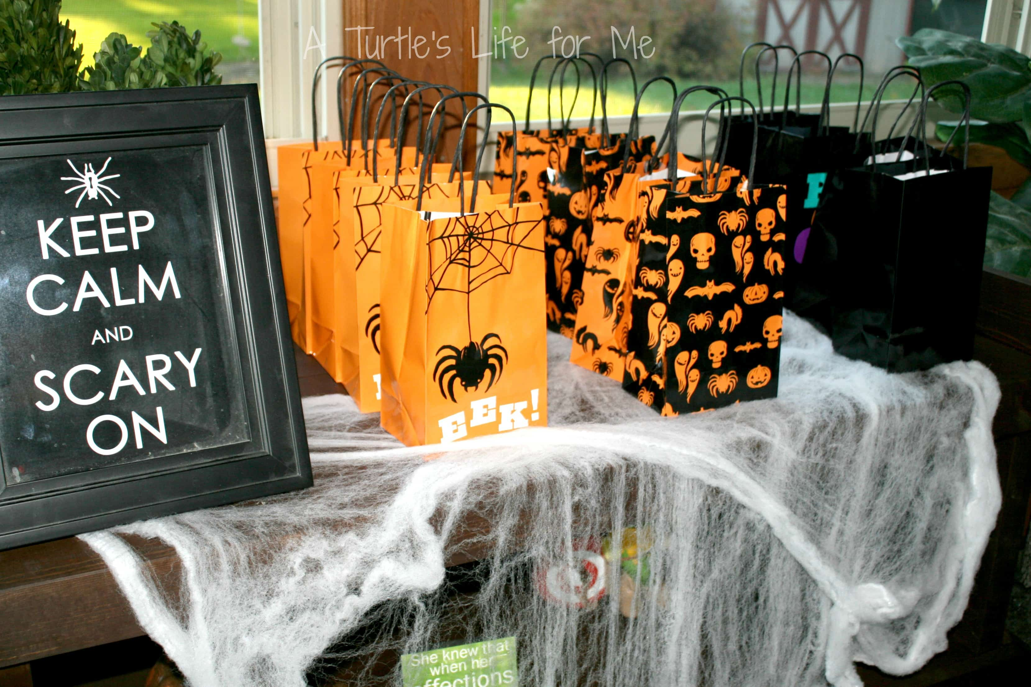 Collection of Halloween Party Favor Bags. Best 25 Halloween favors ...
