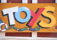 wooden-toys-sign