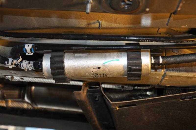 2013 nissan versa fuel filter