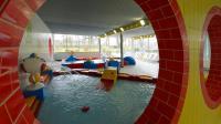 Landkreis Gnzburg: Kommentar: Bei Hallenbad-Rettung gibt ...