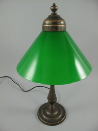 G1059: Victorian Table Lamp, Brass Lamp, Green Umbrella ...
