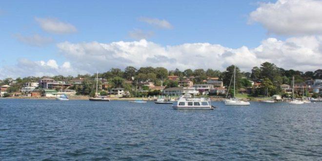 惊艳你的不仅是澳洲的自然风光,还有淳朴的游船午餐游记