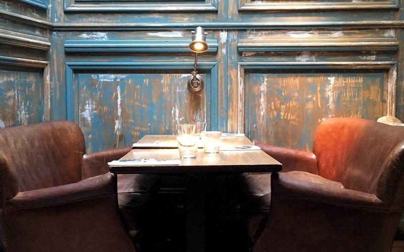 Un bon resto indien à Paris au style cosy : Marcel le long du Canal Saint-Martin