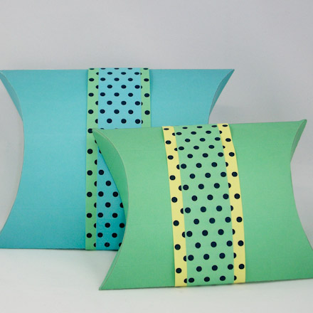 How to Make Pillow Boxes - Boxes and Bags - Aunt Annie\u0027s Crafts