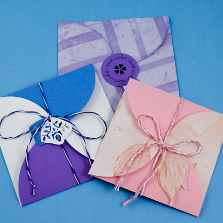 How to Make Square Petal Envelopes - Boxes and Bags - Aunt Annie\u0027s