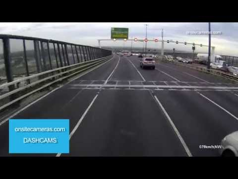 31-03-2015 - Hoon drifts across multiple lanes of freeway traffic (Melbourne, Victoria)