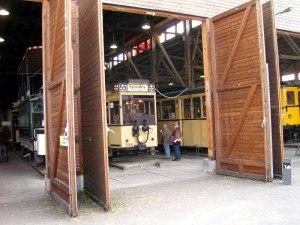 Oldtimer im Depot für Kommunalverkehr