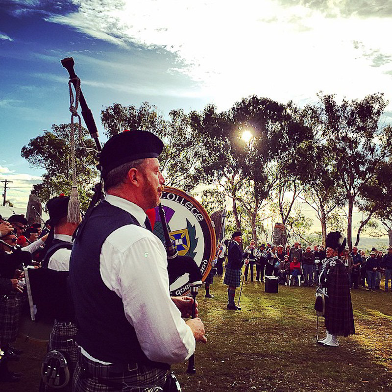 sunset bagpipes glen innes standing stones celtic festival
