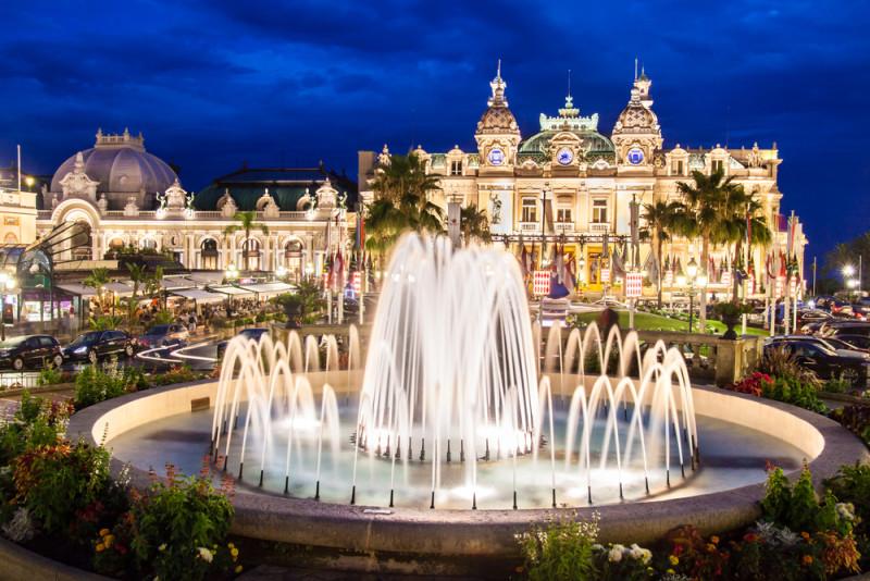 hotel de paris and place du casino
