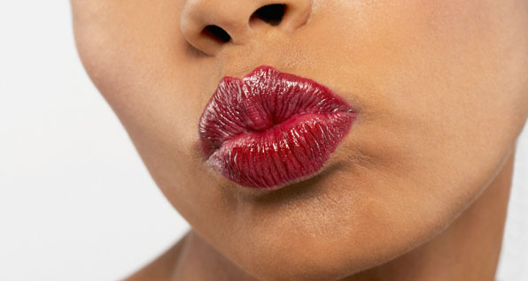 Master a Red Lip for V Day