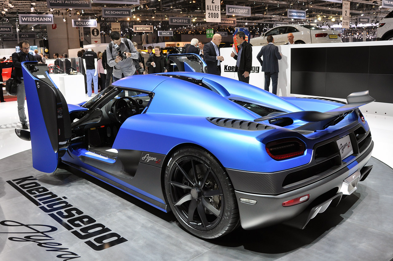 Blue Lamborghini Hd Wallpaper Koenigsegg Agera R Auto Blog