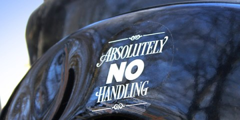 ABSOLUTELY-NO-HANDLING