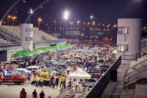 Pista do Sambódromo de SP no Auto Show Collection. Fotos: Glauco Barão e Michael Bazzarello