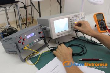 Turma 17 a 18/09/16 - Osciloscópio para Eletrônica Automotiva