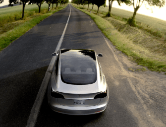 Tesla Model 3 Gets 232,000 Pre-Orders | Bookings Open For India