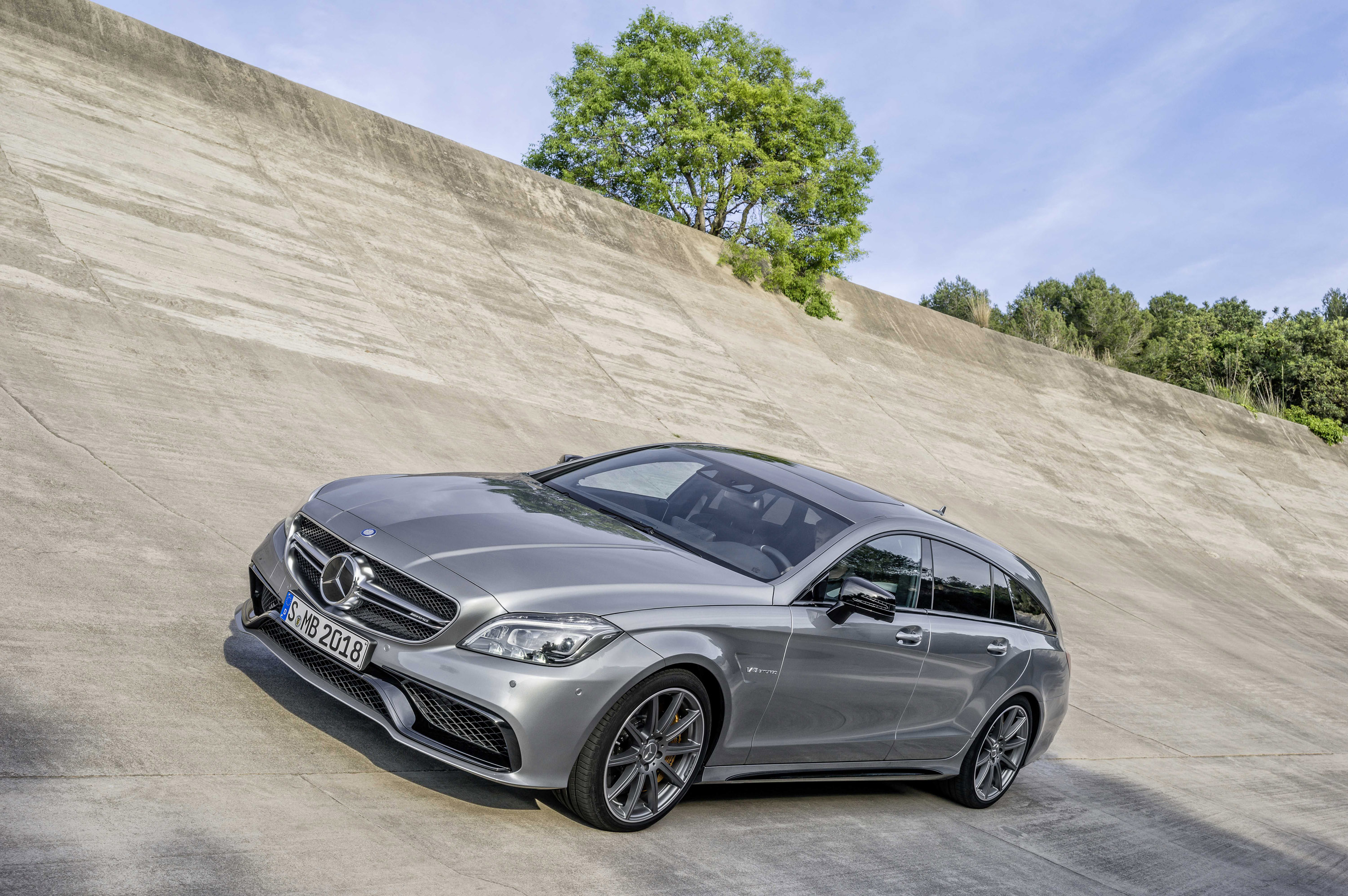 Swift Car Wallpaper Download 2015 Mercedes Benz Cls And Cls Shooting Brake Picture 104072