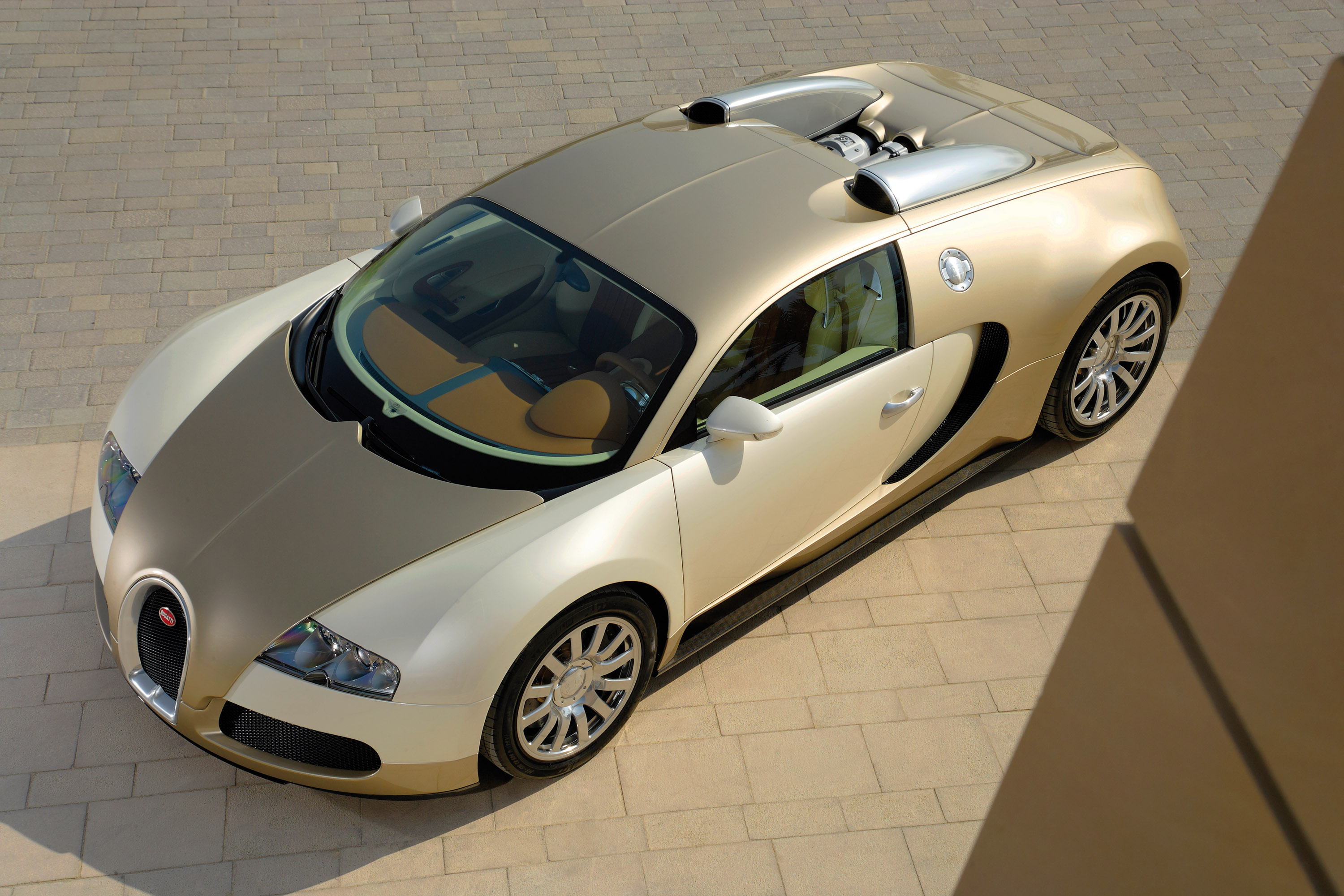 Go Get It Girl Laptop Wallpaper Bugatti Veyron Gold Colored Picture 16077
