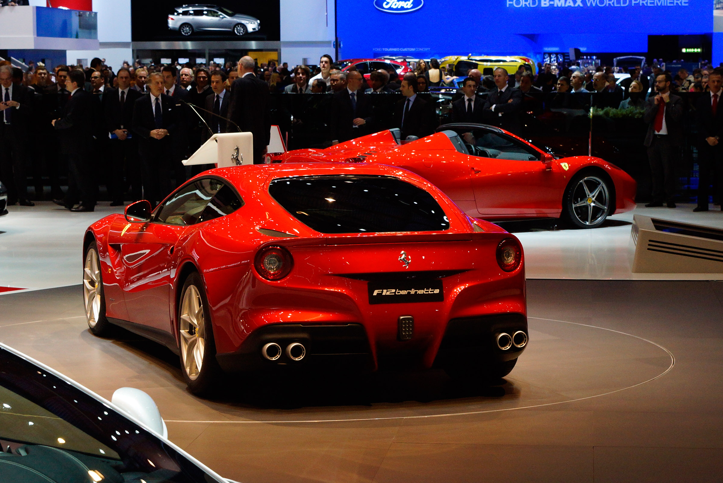 Ferrari F12 Hd Wallpapers Ferrari F12berlinetta Official Hd Video